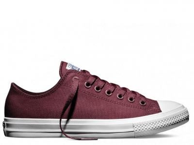 Chuck II Bordo Low